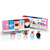 moschino-miniature-collection1